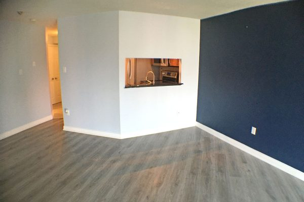 2 br 2 bath - ONE MONTH'S FREE RENT